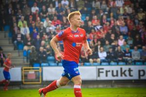 Andreas Landgren växer med uppgiften och skulle definitivt kunna ta över kaptensbindeln Foto: Samone Klinteberg